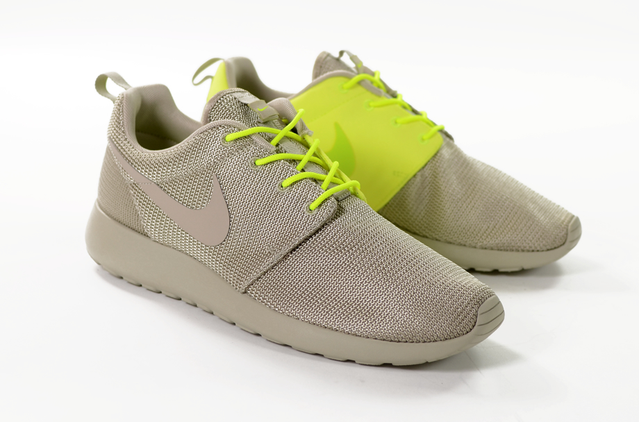nike roshe run two faced